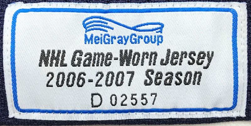Modin Garth Brooks Game Worn 1 9 2007 MeiGray Tag