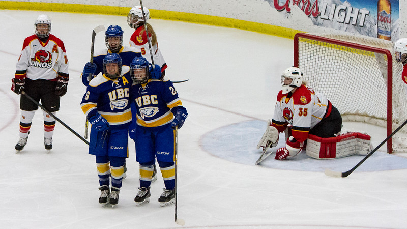 CALGARY(AB) October 16, 2015 - Nicole Saxvil (#6) and team mates celebrate as the Thunderbirds go up 2-0 in the second period.