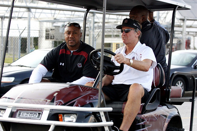 Tight ends coach Jeep Hunter (left), head coach Steve Spurrier (right)