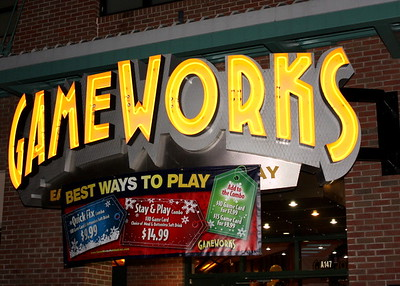Entrance to Gameworks! An arcade Bar and Grill.. No Alcohol served tonight!