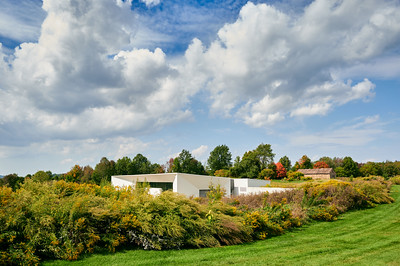 Exterior view of the Seneca Art and Culture Center at Ganondagan State Historic Site, Victor, NY. Photo by Brandon Vick, https://www.brandonvickphotography.com/
