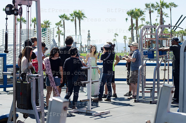 Yuanyuan Gao in Muscle Beach Venice