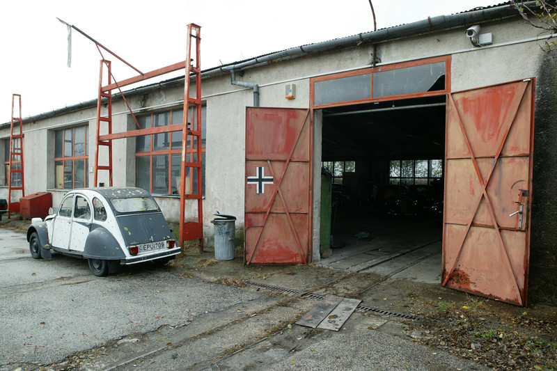 2-5<br /> István's collection is housed in warehouses, and includes a mix of cars from Eastern European bloc countries as well as brands from North American and western Europe.