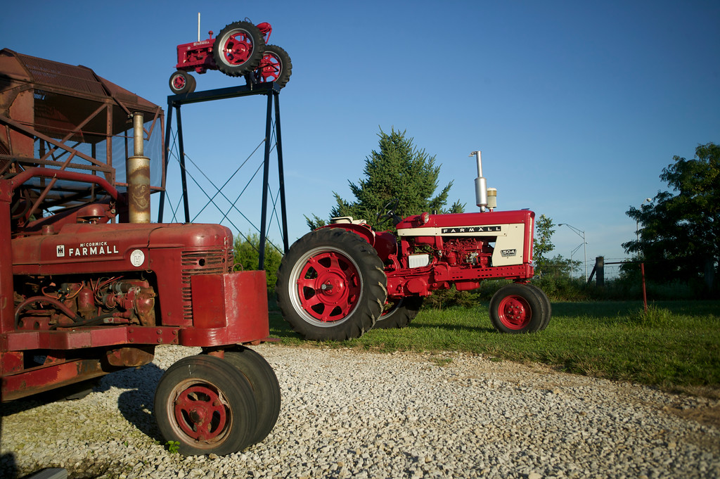 Farmall 504 owned by Jerry Mez