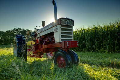 Farmall 560 owned by Jerry Mez