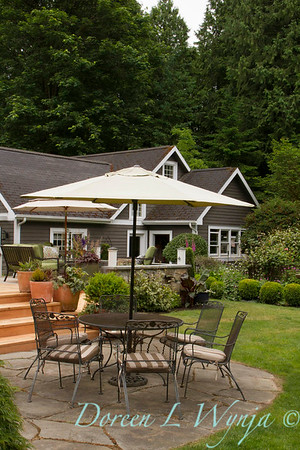 Cottage Patio setting_7003