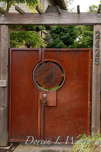 rusty entry garden gate_9015