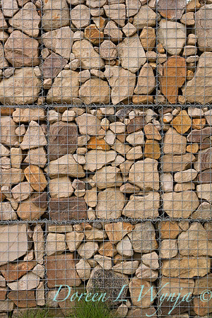 Caged rock wall - gabion_2444