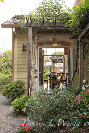 Ann Nickerson - Ann's garden_414