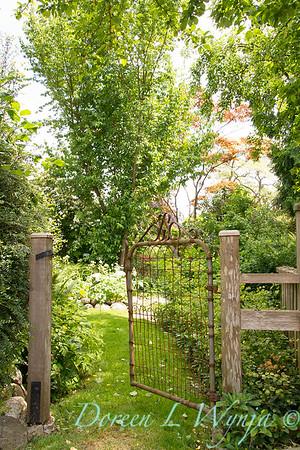 Garden gate_1088