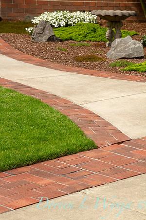 Edging Brick Pathway_005