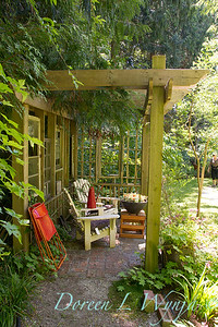 Outdoor living space - covered garden room_1065