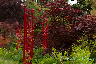 Red wrought iron garden accents_5495