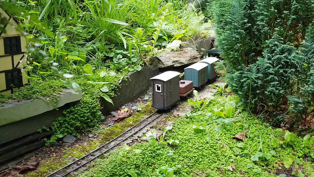 Llechfan Garden Railway - Railwaygardener