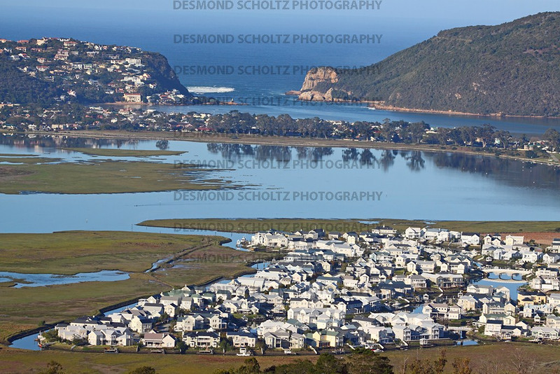 2469: Thesen Islands & Leisure Isle with Knysna Heads in the background