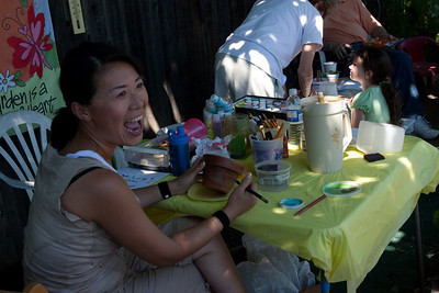 Of course, painting pots looked like so much fun, the parents soson joined in.