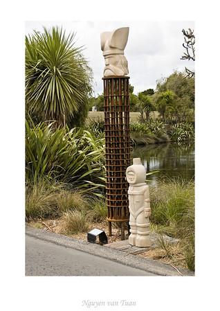 Tower of Power David Guerin Hawkesbury sandstone, steel & wood Stoneleigh sculpture in the gardens Auckland Botanic Gardens New Zealand - Jan 2008
