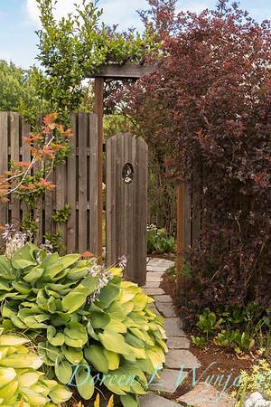 Ann Nickerson - Ann's garden_405