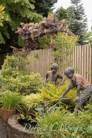 Ann Nickerson - Ann's garden_407