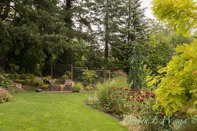 Lucy & Susan - Letson garden_715