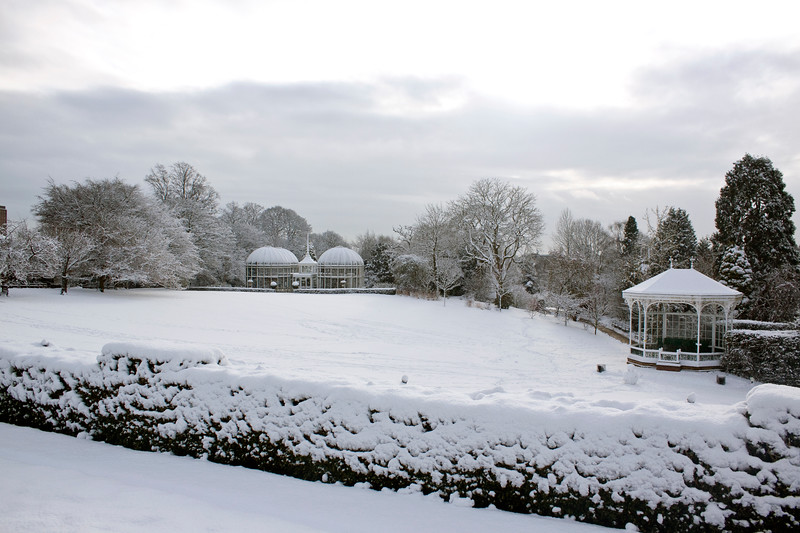 Birmingham Botanical Gardens Lawn Aviary and Bandstand  in snow