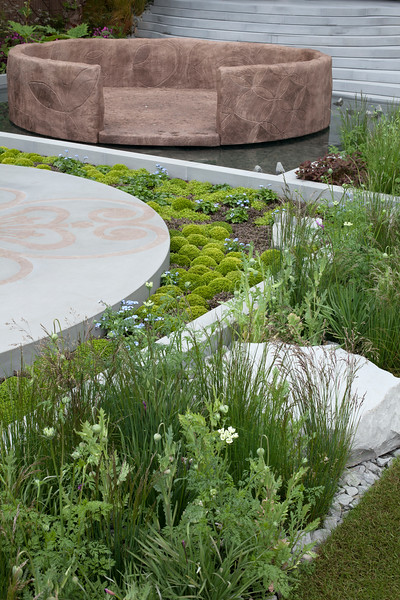 'B&Q Sentebale Forget-Me-Not Garden' evoking Lesotho's mountains, round houses and unusual blanket design's which are the Country's national costume