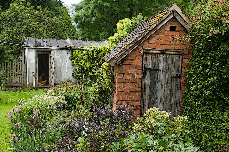 EASTGROVE COTTAGE GARDEN SHEDS, WORCESTERSHIRE