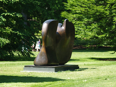 """""""Knife Edge Two Piece"""" (1962-65)"""