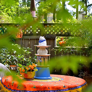 MY NEW GARDEN SCULPTURE AND PROVENCE FRANCE TABLECLOTH