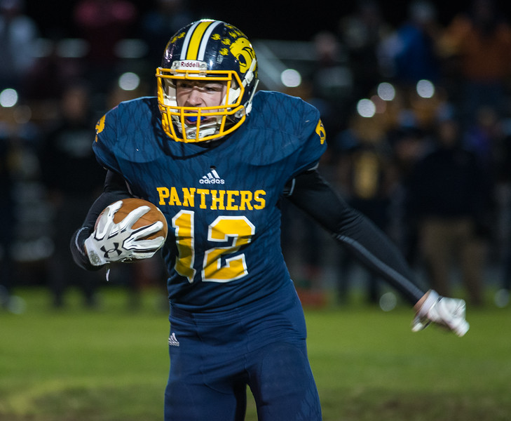 Quabbin RB Collin Sweeney runs against Gardner. SENTINEL&ENTERPRISE/ Jim Marabello