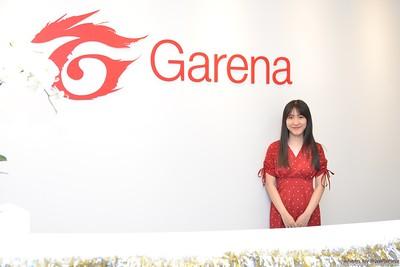Garena-Christmas-Photobooth-in-Hanoi-Chup-hinh-in-anh-lay-lien-Tiec-Giang-sinh-tai-Ha-noi-WefieBox-Photobooth-Vietnam-019