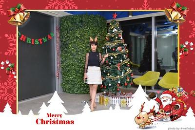 Garena-Christmas-Photobooth-in-Hanoi-Chup-hinh-in-anh-lay-lien-Tiec-Giang-sinh-tai-Ha-noi-WefieBox-Photobooth-Vietnam-005