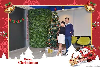 Garena-Christmas-Photobooth-in-Hanoi-Chup-hinh-in-anh-lay-lien-Tiec-Giang-sinh-tai-Ha-noi-WefieBox-Photobooth-Vietnam-008