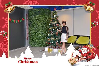 Garena-Christmas-Photobooth-in-Hanoi-Chup-hinh-in-anh-lay-lien-Tiec-Giang-sinh-tai-Ha-noi-WefieBox-Photobooth-Vietnam-007