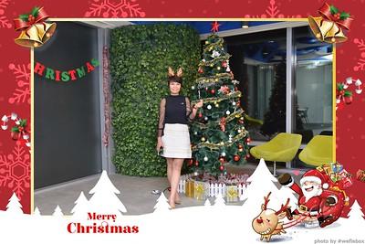 Garena-Christmas-Photobooth-in-Hanoi-Chup-hinh-in-anh-lay-lien-Tiec-Giang-sinh-tai-Ha-noi-WefieBox-Photobooth-Vietnam-006