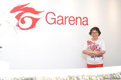 Garena-Christmas-Photobooth-in-Hanoi-Chup-hinh-in-anh-lay-lien-Tiec-Giang-sinh-tai-Ha-noi-WefieBox-Photobooth-Vietnam-027