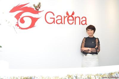 Garena-Christmas-Photobooth-in-Hanoi-Chup-hinh-in-anh-lay-lien-Tiec-Giang-sinh-tai-Ha-noi-WefieBox-Photobooth-Vietnam-015