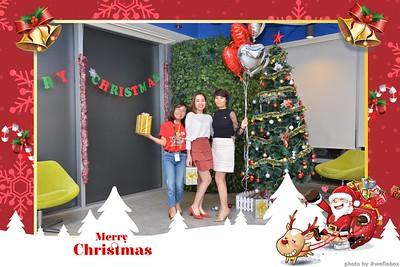 Garena-Christmas-Photobooth-in-Hanoi-Chup-hinh-in-anh-lay-lien-Tiec-Giang-sinh-tai-Ha-noi-WefieBox-Photobooth-Vietnam-010
