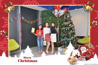 Garena-Christmas-Photobooth-in-Hanoi-Chup-hinh-in-anh-lay-lien-Tiec-Giang-sinh-tai-Ha-noi-WefieBox-Photobooth-Vietnam-011
