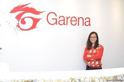 Garena-Christmas-Photobooth-in-Hanoi-Chup-hinh-in-anh-lay-lien-Tiec-Giang-sinh-tai-Ha-noi-WefieBox-Photobooth-Vietnam-017