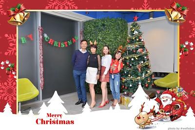 Garena-Christmas-Photobooth-in-Hanoi-Chup-hinh-in-anh-lay-lien-Tiec-Giang-sinh-tai-Ha-noi-WefieBox-Photobooth-Vietnam-009