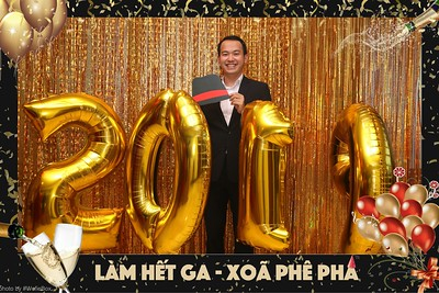 Garena-Tiec-Tat-Nien-Year-End-Party-instant-print-photobooth-chup-anh-in-hinh-lay-lien-tai-tphcm-saigon-WefieBox-photobooth-vietnam-010