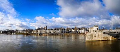 47/365 - Panorama van Maastricht