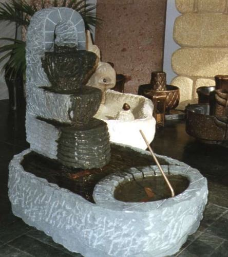 Kaskadenbrunnen aus Anröchter Kalkstein