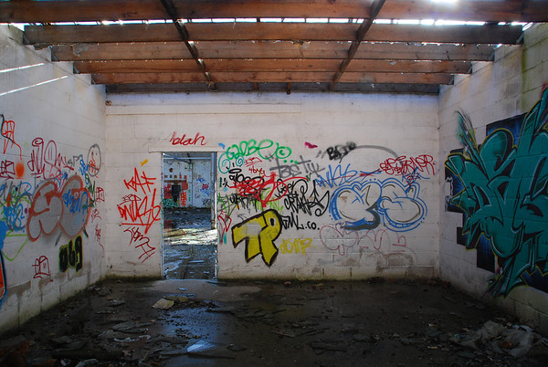 A bit of graff and tagging but it makes the place come alive somewhat