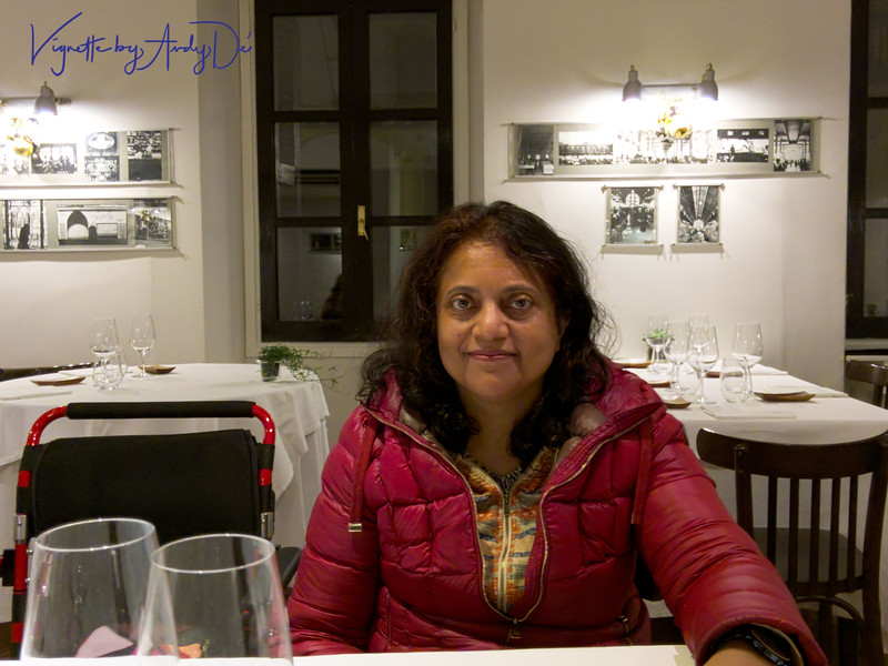 Sanchita comfortably ensconced in at the Kokotxa, in anticipation of the gastronomical adventure about to undulate!:-)