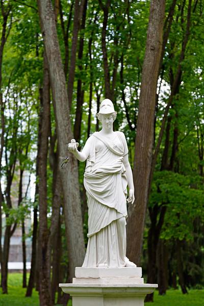 Gatchina Park. Athena: a bird seeking Wisdom / Гатчинский парк. Афина: птица, ищущая Мудрости