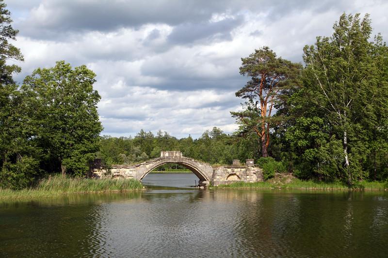 Гатчинский парк - Горбатый мостик