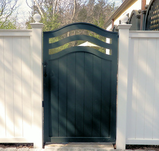 873 - NJ - Custom Board Gate with Arched Slot Cutouts