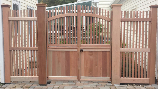 185 - Woodbury CT - Custom Mahogany Gate & Fence